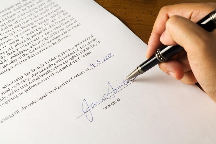 Como é o contrato para compra de imóveis?